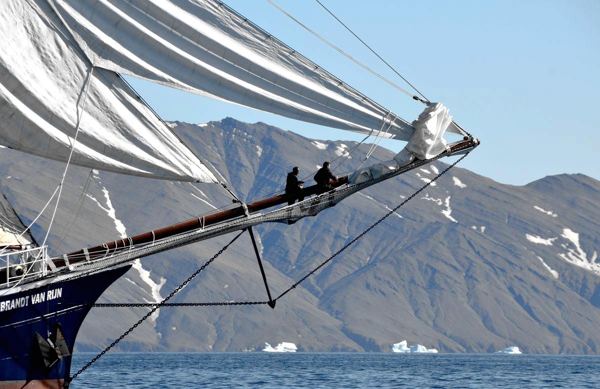 sailing greenland -1